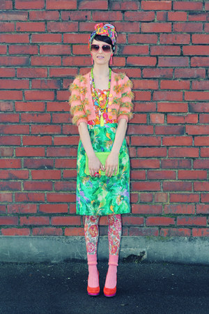 hot pink geometric vintage shirt - coral floral vintage tights