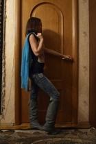 H&M shirt - Zara boots - Zara shoes - Zara t-shirt - Bershka jeans - Ledy Collec