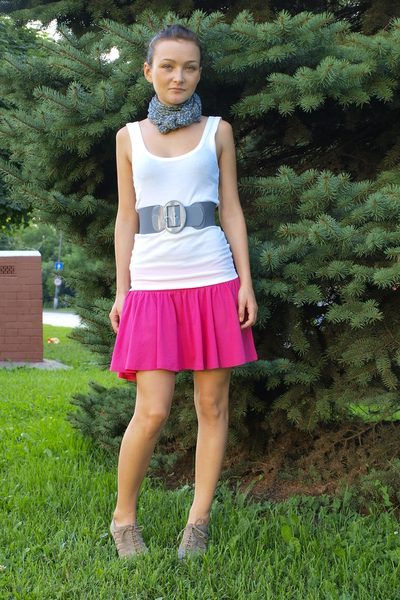 Zara shoes - H&M skirt - Topshop top - H&M belt - second hand scarf