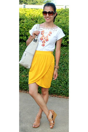 mustard wrrap H&amp;M skirt - white Mango shirt