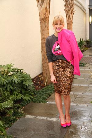 tawny leopard midi Forever 21 skirt - hot pink fitted blazer Forever 21 blazer
