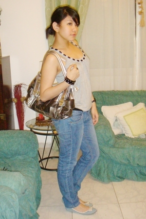 River Island top - Mango jeans - Zara shoes