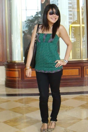 Pull & Bear top - ZYNC jeans - Zara shoes - H&M purse