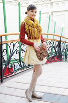 mustard handmade scarf - neutral Majora shoes - brick red Glance sweater