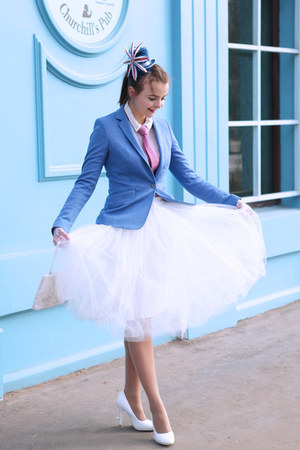 blue handmade hat - blue Massimo Dutti blazer - white handmade skirt