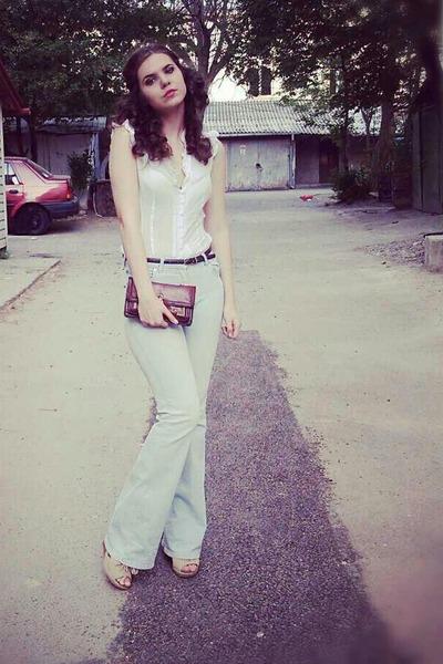 jeans - purse - blouse - sandals