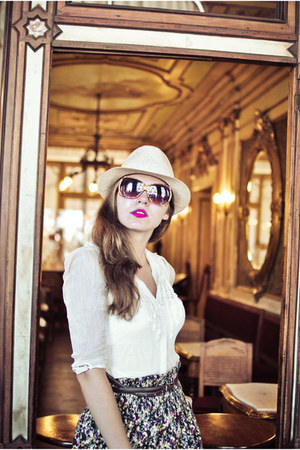 hat - sunglasses - blouse - skirt