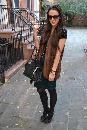 faux fur Forever 21 vest - polka dots Urban Outfitters shirt