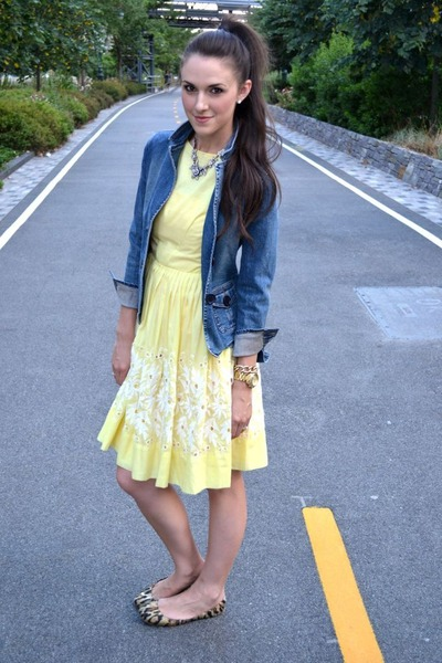 a line vintage dress - denim hollister jacket - leopard banana republic flats