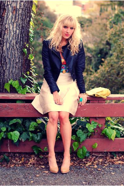 red floral bustier H&M top - beige Nine West shoes - black H&M jacket