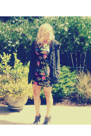 Forever 21 sweater - Forever 21 dress - Aldo shoes