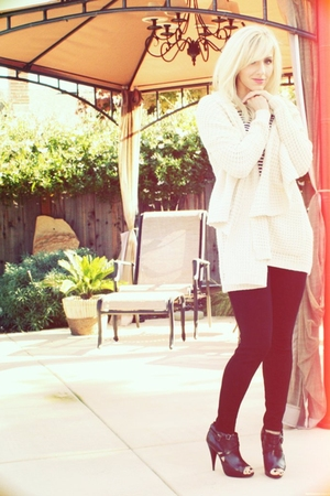 beige Urban Outfitters sweater - black Joes Jeans pants - blue J Crew top - blac