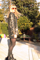 gold sequin vintage cardigan - black lace up seychelles shoes