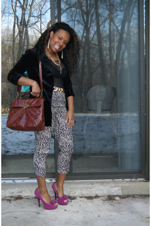 Charlotte Russe blazer - Charlotte Russe purse - H&M pants - Forever 21 belt - S