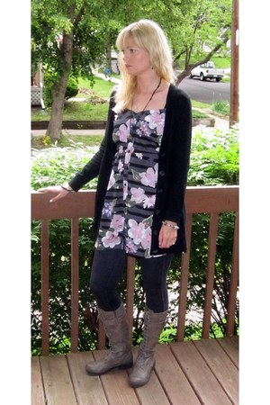 heather gray Kenneth Cole boots - charcoal gray pink floral Forever 21 dress - d