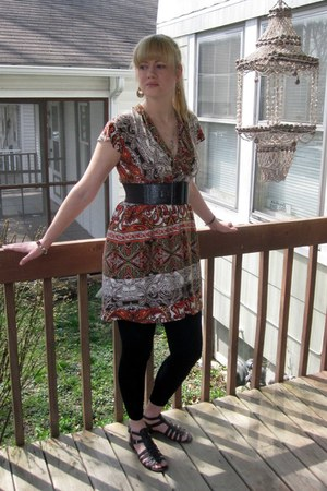 brown San Diego Beach Dress dress - black Target leggings - gold Forever 21 earr