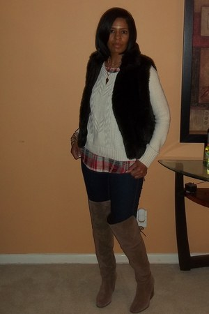 brown Circus by Sam Edelman boots - navy Liz Clairborne jeans - gap Gap sweater