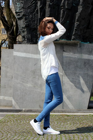Converse sneakers - Pull and Bear pants - Bershka blouse - Topshop accessories
