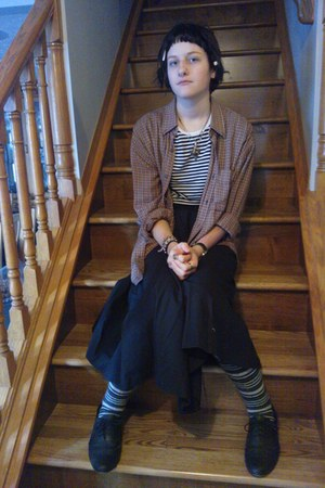black shoes - white shirt - ruby red shirt - dark gray striped tights