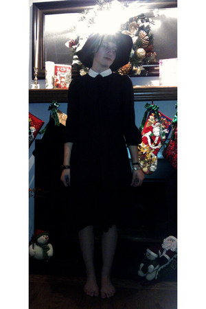 black dress - black coven hat
