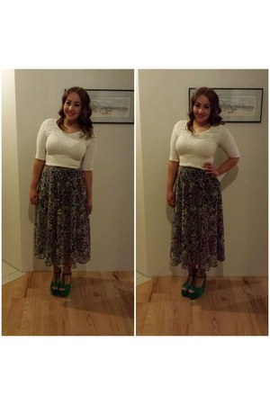 ivory crop top - light purple maxi Topshop skirt - green wedges