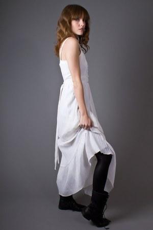 white lace trim maxi telltale hearts vintage dress