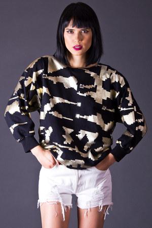 telltale hearts vintage sweatshirt