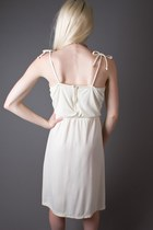 Ivory Ivory Tie Strap Telltale Hearts Vintage Dresses