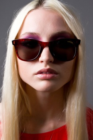 crimson carrera sunglasses