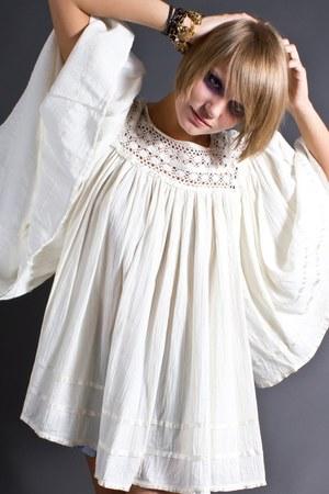 ivory telltale hearts vintage dress