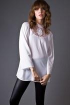 White-lace-cameo-telltale-hearts-vintage-blouse