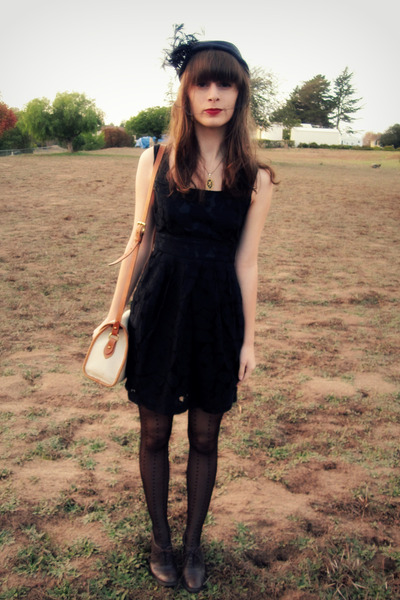 black vintage hat - gold vintage necklace - black Forever 21 dress - beige gift