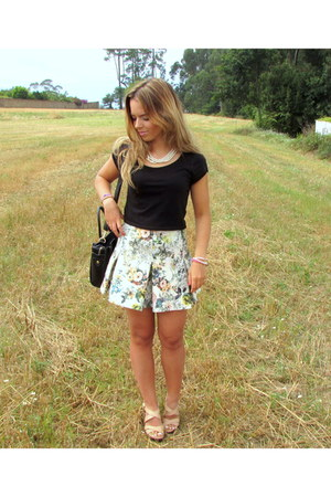 flowers pull&bear skirt - black Stradivarius top