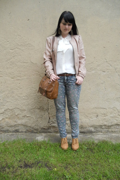 brown H&M bag - sky blue thrifted jeans - light pink Tally Weijl jacket