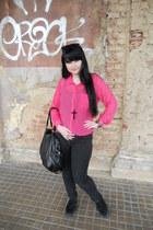 black Mudd jeans - bubble gum New Yorker shirt - black c&a bag