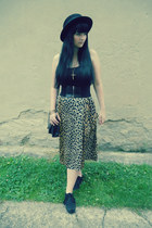 black H&M hat - gold H&M ring - black H&M belt - tan cheetah print vintage skirt