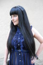 Black-new-yorker-bag-navy-yumi-dress-black-lindex-hair-accessory