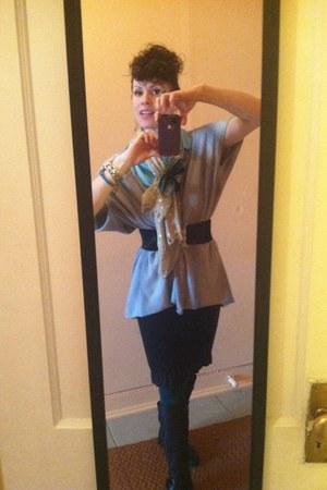 dark khaki J Crew scarf