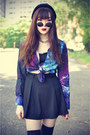 Creeper-shoes-galaxy-oasap-shirt-round-sunglasses-beanie-accessories