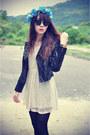 Leather-jacket-motel-rocks-jacket-efoxcity-dress-round-sunglasses