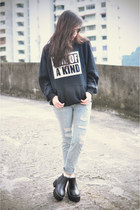 younghungryfree boots - abaday sweatshirt