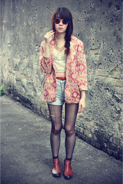 vintage blazer - Zara boots - denim shorts - top