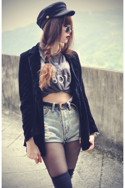 velvet blazer - denim shorts - round sunglasses - cap Choies accessories