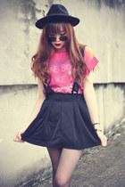 Sheinsidecom skirt - Oasapcom hat - round sunglasses