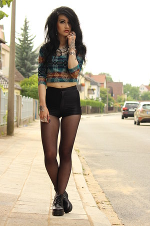 cropped tribal Urban Outfitters top - vagabond boots - American Apparel shorts