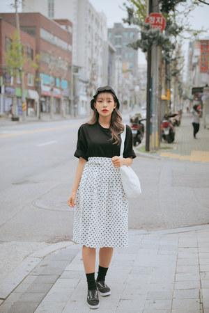 black casual shoes - black cute street shop hat
