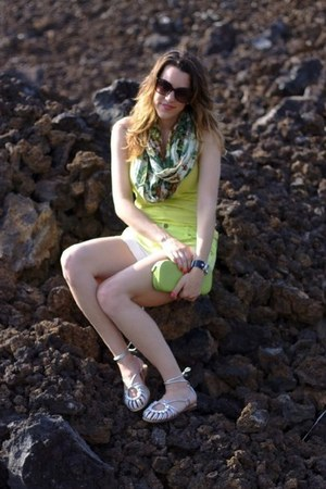 ombre Forever 21 shorts - neon green tank Forever 21 shirt