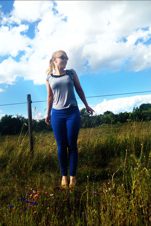 heather gray striped H&M top - blue high-waisted pieces leggings