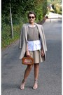 Tan-sam-edelman-shoes-white-ralph-lauren-shirt-brown-vintage-bag