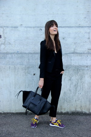 black leather fitted Maje blazer - black phantom luggage Celine bag